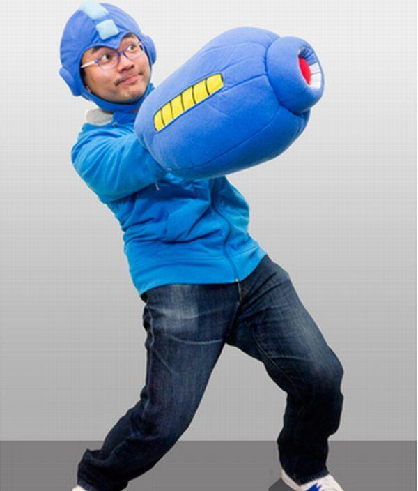 mega-man-pillow-costume-2