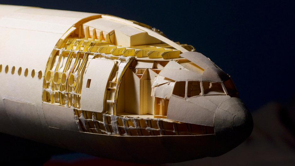 Wl Avión de papel más grande del mundo record (14)