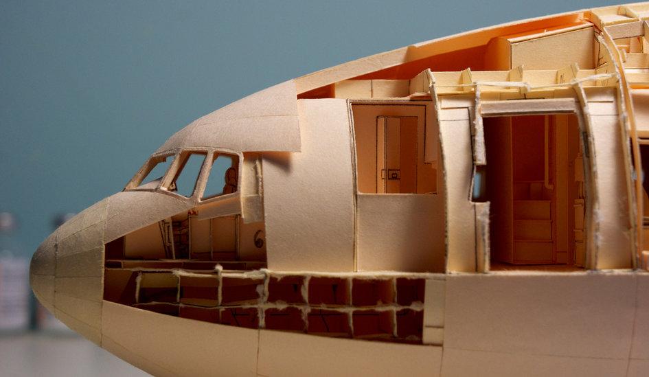 Wl Avión de papel más grande del mundo record (16)