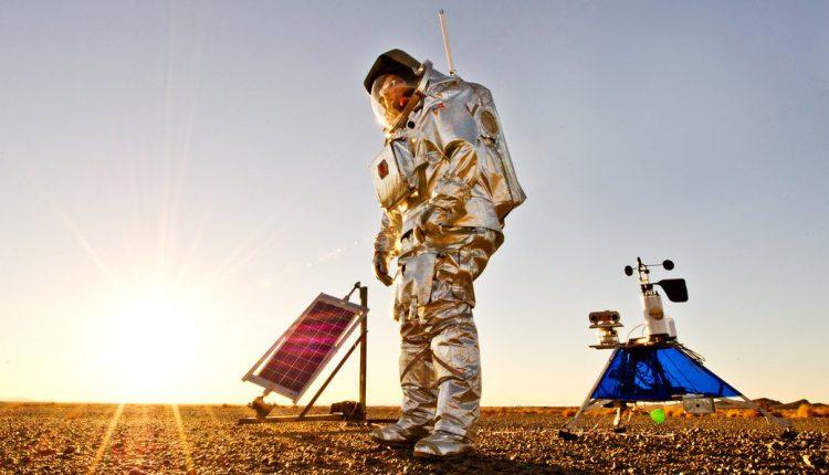 NASA suit traje