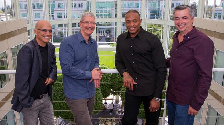 Apple Beats (2)