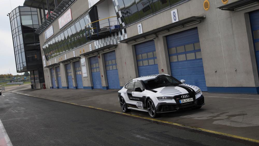 Audi-RS7-(4)