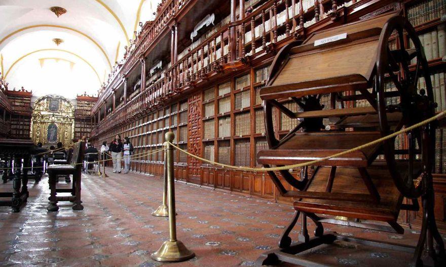 Bibliotecas (112)