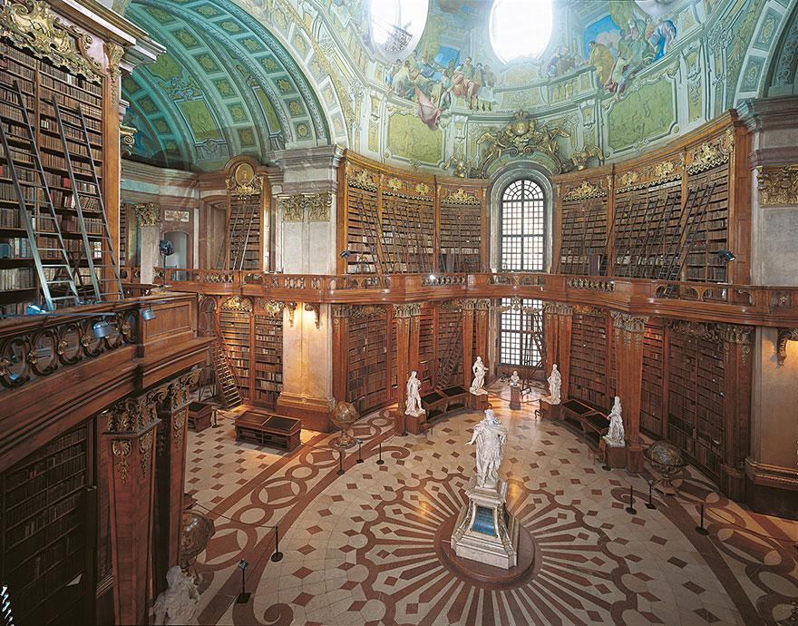 Bibliotecas (25)
