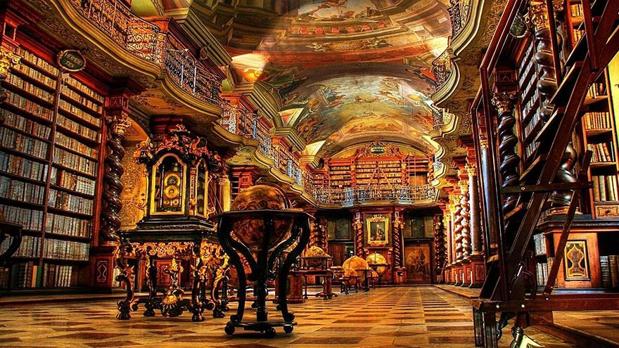 Bibliotecas (42)