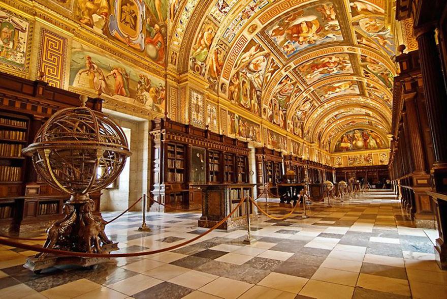 Bibliotecas (45)