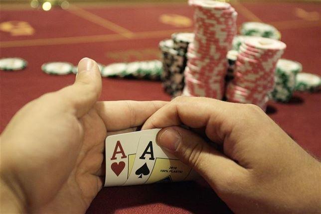 Cepheus Poker 003