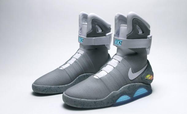 Nike Air MAG 002