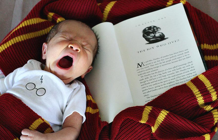 geeky-newborn-baby-photography-40__880