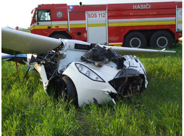 aeromobil-flying-car-crash-mh