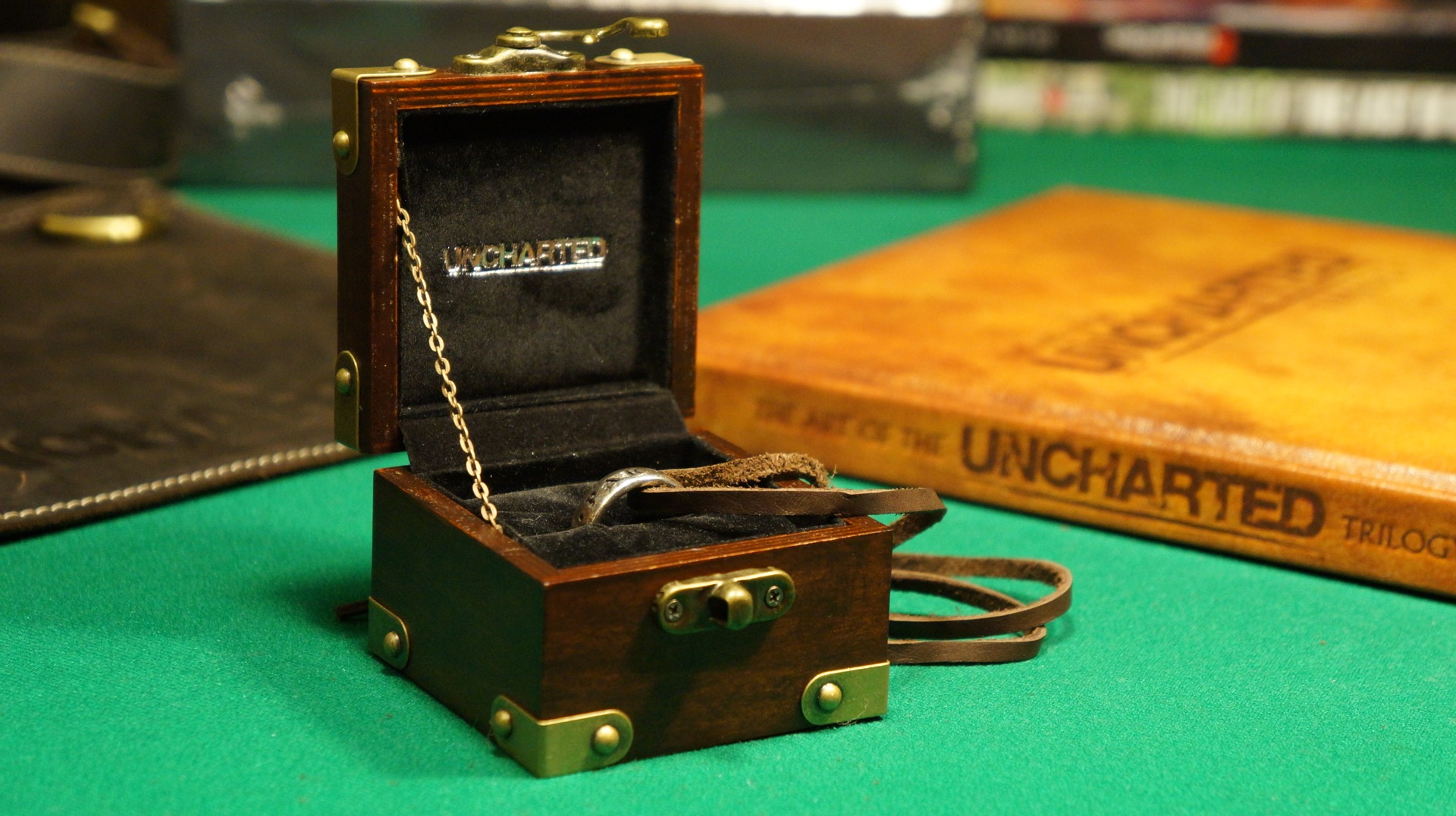Uncharted ring anillo unboxing10