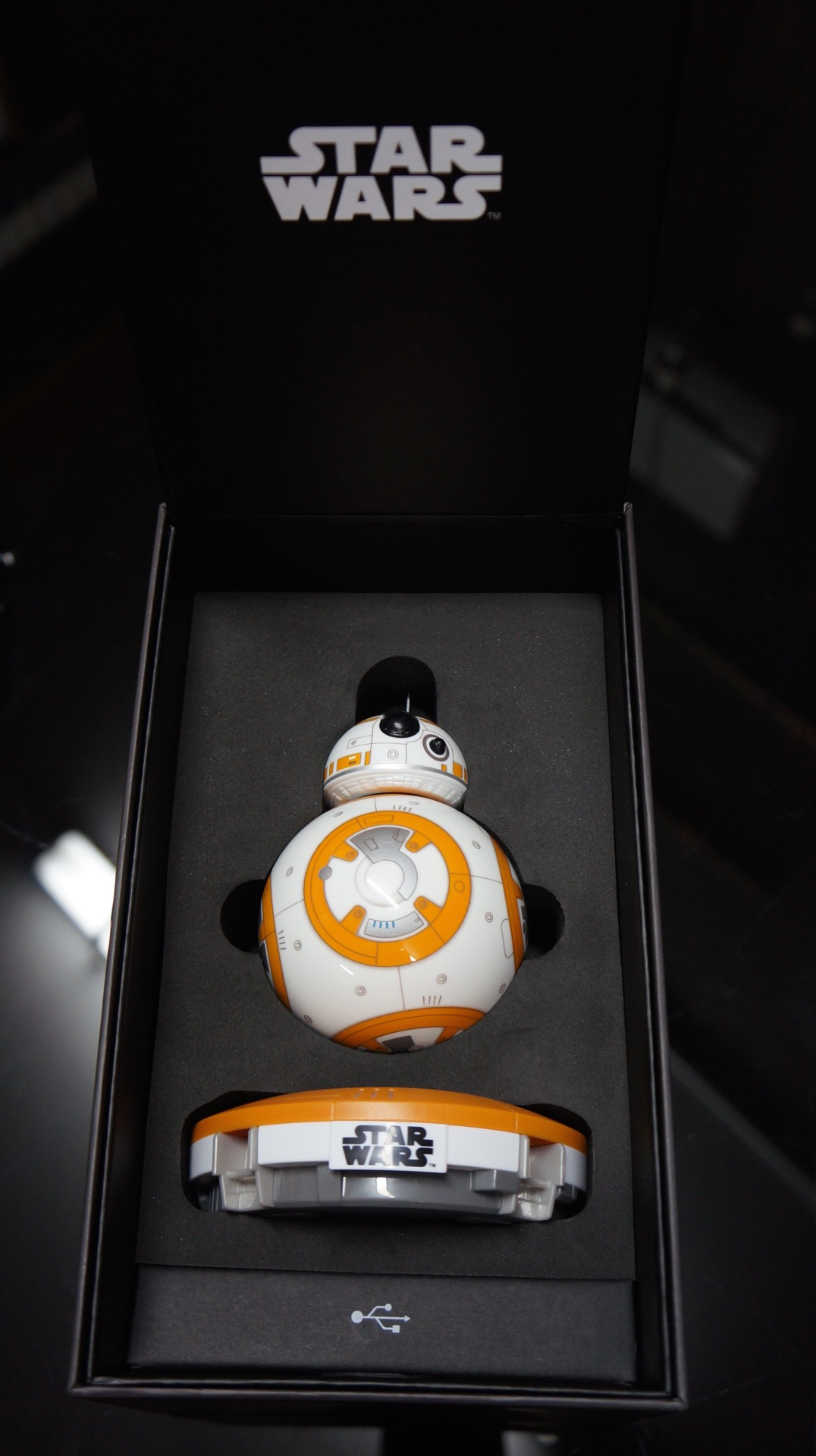 BB-8 unboxing Star Wars10