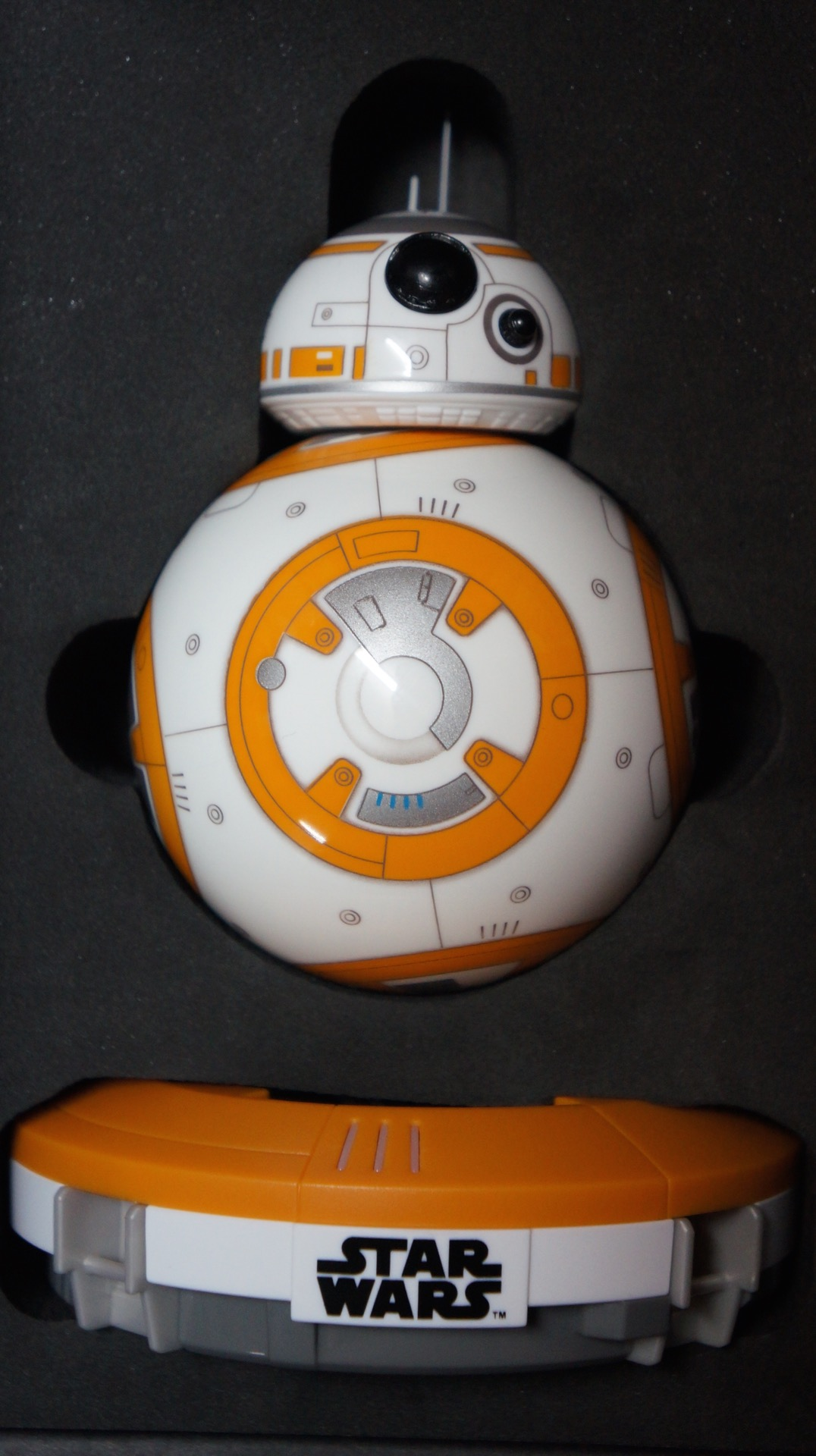 BB-8 unboxing Star Wars11