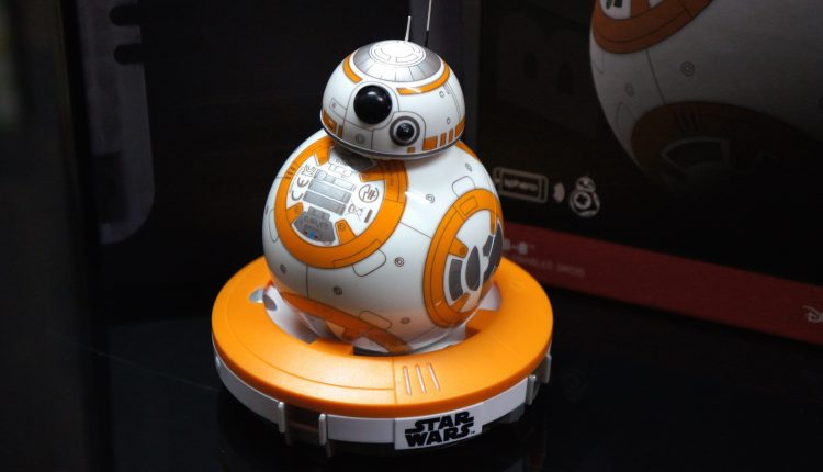 BB-8 unboxing Star Wars2