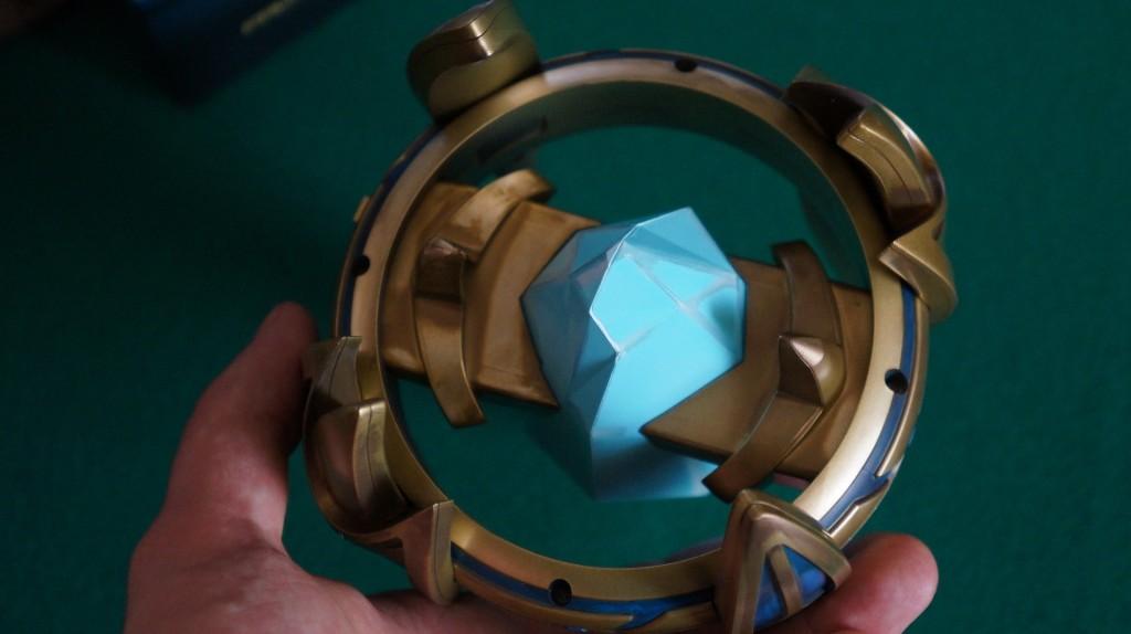 StarCraft Pylon unboxing10