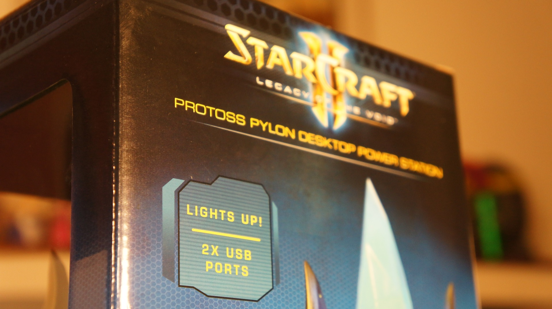 StarCraft Pylon unboxing3