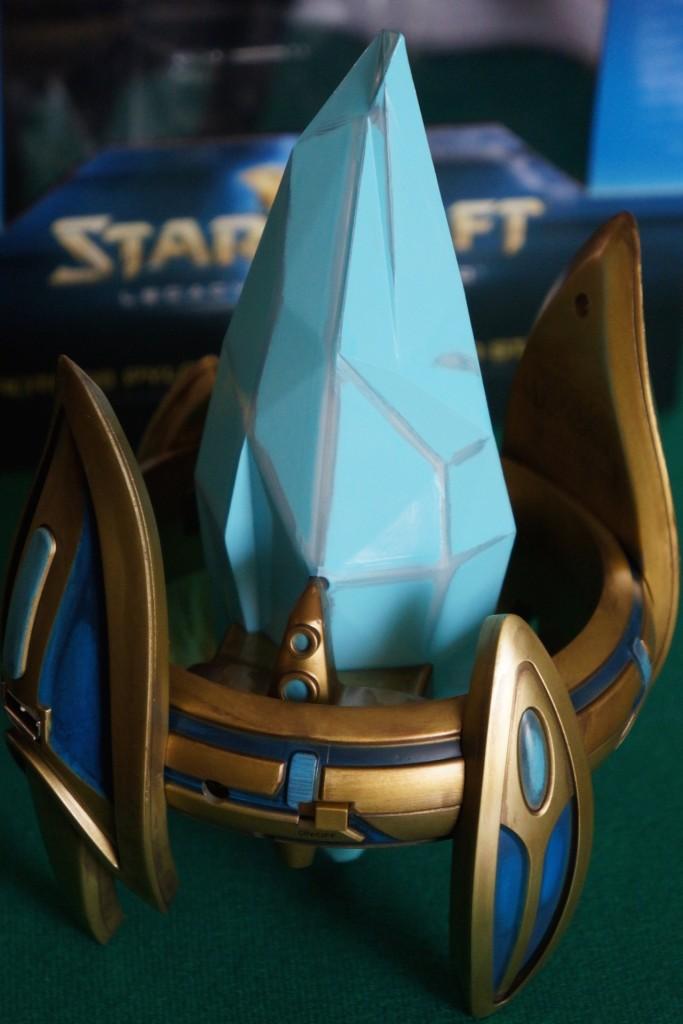 StarCraft Pylon unboxing7