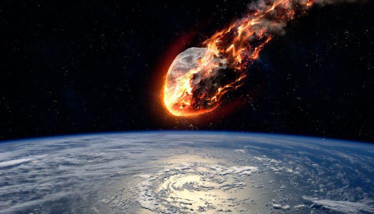 meteorito_impactandose_contra_la_tierra