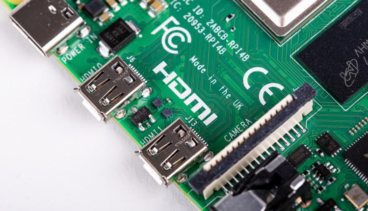 RP4_HDMI_CU_e805de31-905f-4fa7-9c90-e7b0d321f734_2048x