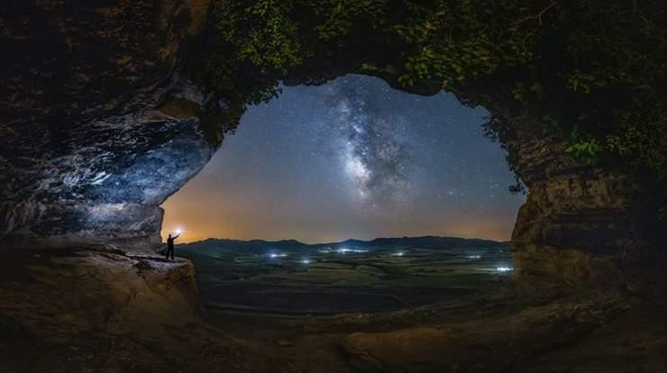 hipertextual-estas-son-imagenes-que-se-juegan-premio-mejor-astrofotografo-ano-2019932218-740×414