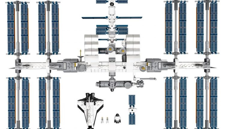 lego_iss_international_space_station_002