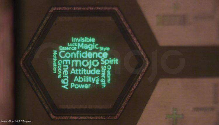 Micropantalla-de-Mojo-Vision-con-una-imagen-de-nube-de-palabras-scaled