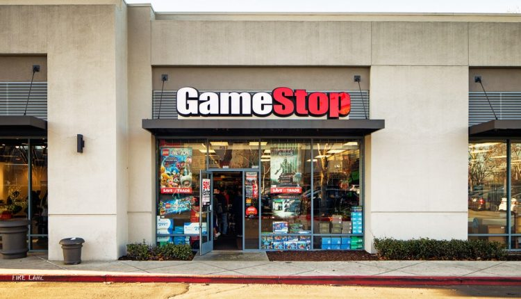Gear-Gamestop-693469182