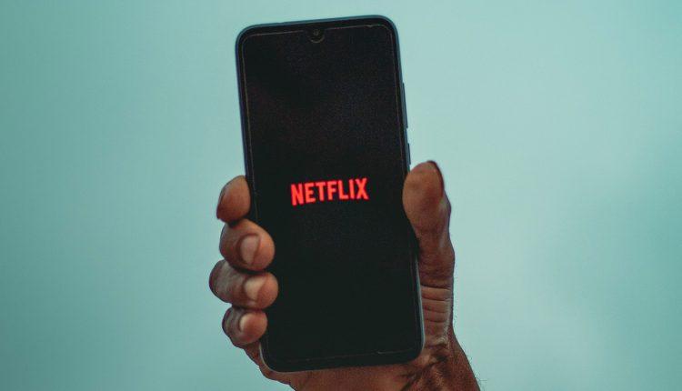 netflix_phone_mobile_main_uns